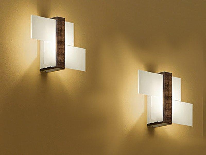 Linea light group applique triad noce piccola