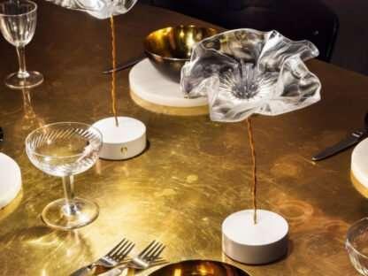 lampada la fleur a tavola